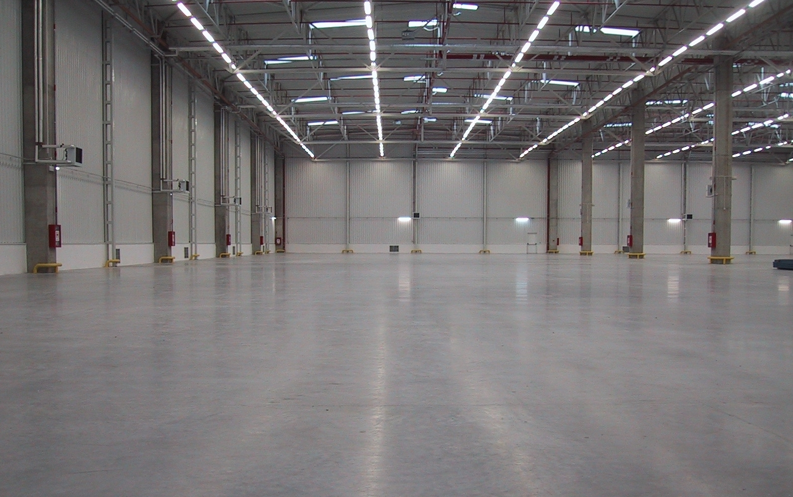 Northants Concrete Industrial Flooring Kettering Wellingborough Milton Keynes Corby Bedford